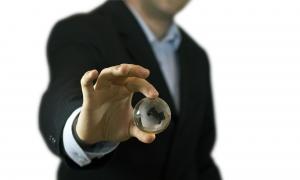 Unternehmensberatungen gibt es mittlerweile relativ viele und immer mehr Unternehmen nehmen ihre Dienste in Anspruch, doch was macht eine Unternehmensberatung überhaupt genau und wieso setzen selbst kleine und mittelständische Unternehmen […]